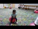 Занятия по акробатике. Тренер - Быстрова Наталья Юрьевна. Дети учатся правильно прыгать на мячах.