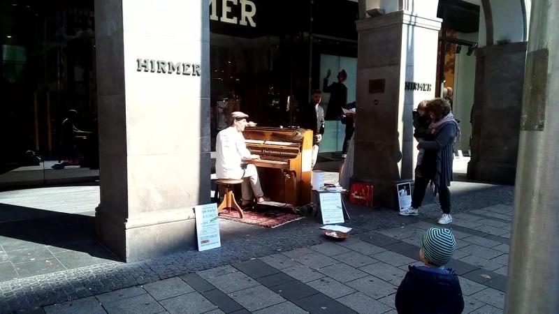 Пианист и перкуссия
