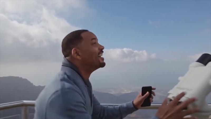 Will Smith enjoying some free to play SC2