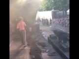 Lil Pump помог фанату, который упал в обморок на его выступлении [NR]