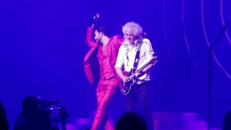Queen Adam Lambert - Dont Stop Me Now - Park Theater Las Vegas - 092118 (show 9)