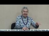 Людмила Лядова поёт свою песню.