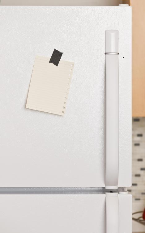 Хладагент - это химикат, используемый в холодильной системе холодильников.