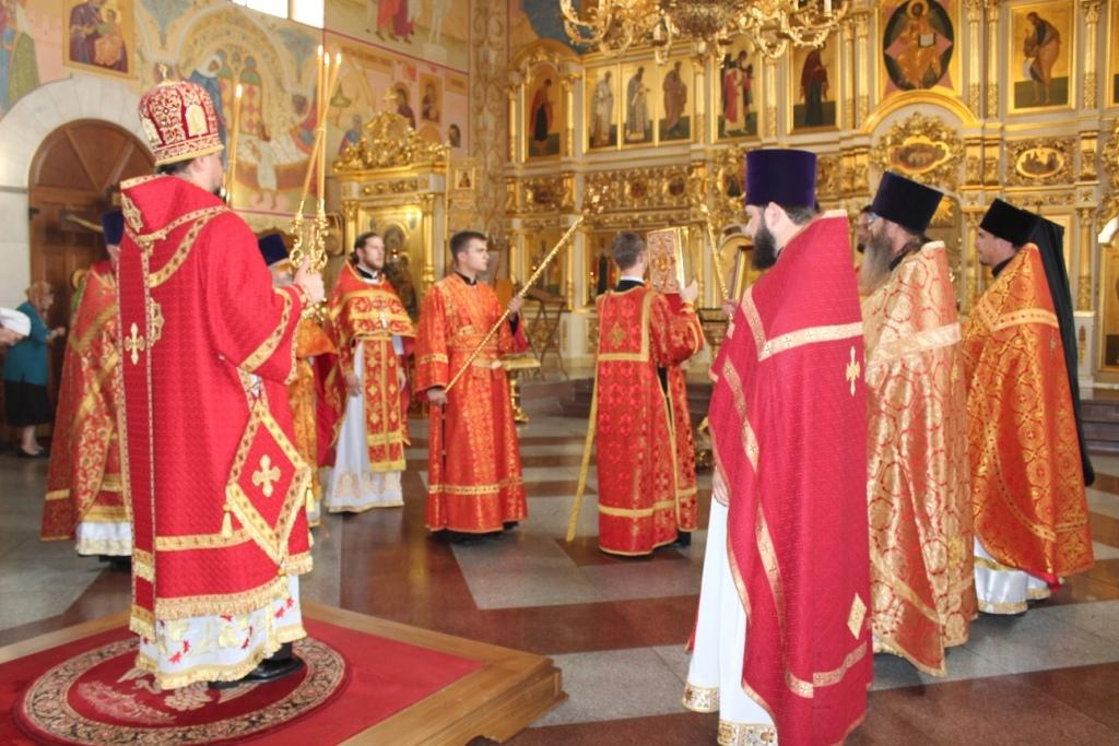 Отслужен первый молебен Собору святых Биробиджанской епархии