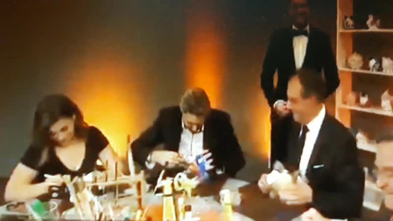 David Garrett мастерит копилку Gala Jose Carreras 13 12 2018