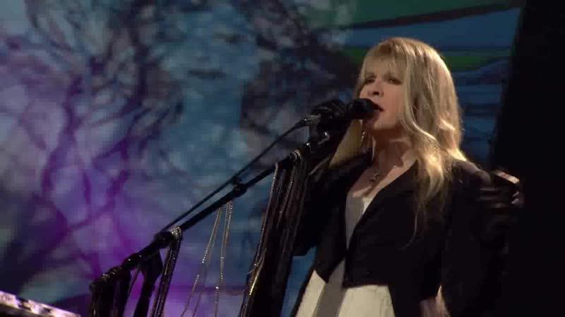 Stevie Nicks - Edge Of Seventeen [Live In Chicago]