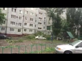 Последствия сильного ветра в Оренбурге.