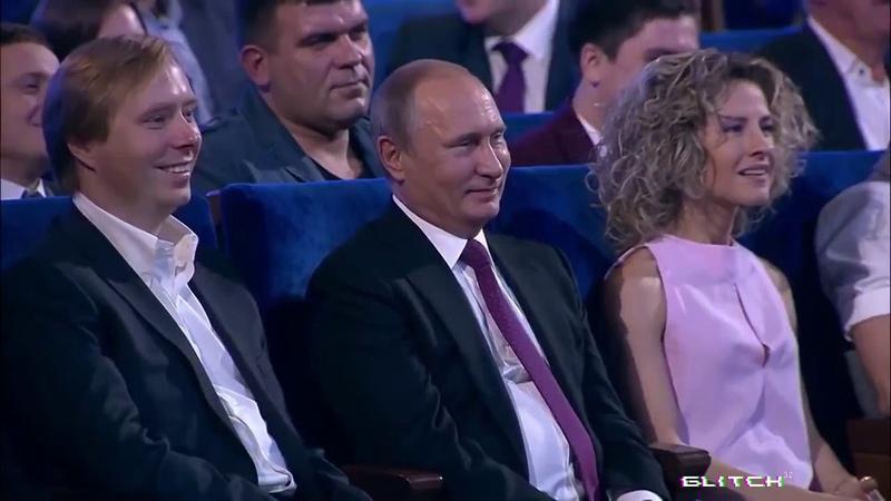 Семён Слепаков спел Путину