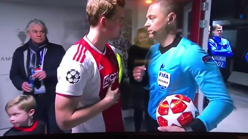 De Ligt wasn't sure that VAR was on for Ajax-Real Madrid, and asked confirmation to ref Skomina