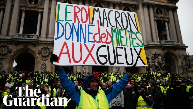 Gilets jaunes resume protests, clash with Paris riot police