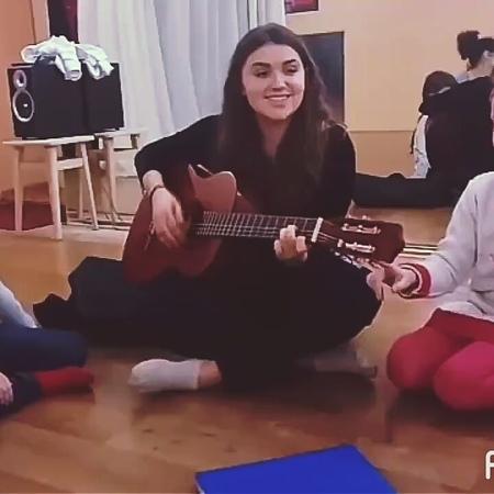 Радость - Дорогою добра (из к/ф Маленький Мук) cover