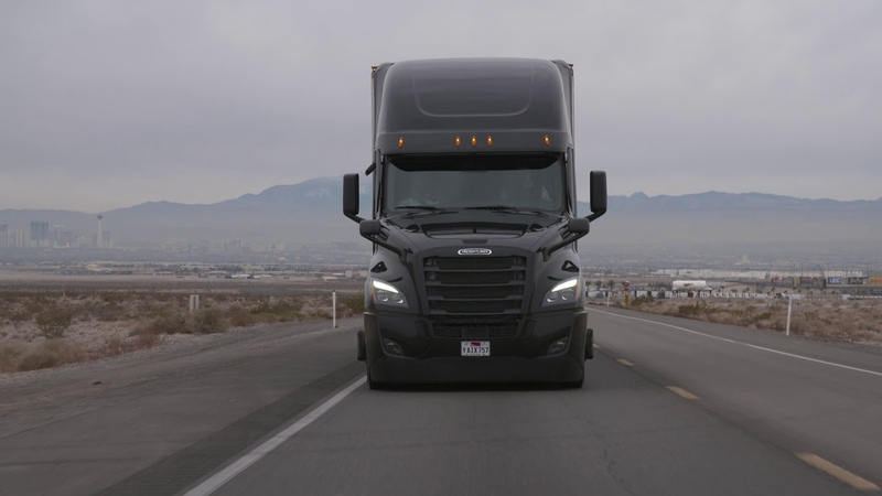 2019 MERCEDES-BENZ Daimler Trucks CES footage Cascadia Assistant Systems