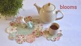 Patchwork blooms MODA Fabrics - Porcelain. LizaDecor.com