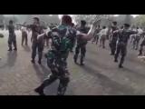 Солдат_взорвал_интернет_____Танцует_Alya_Nairi_____Буй_б___