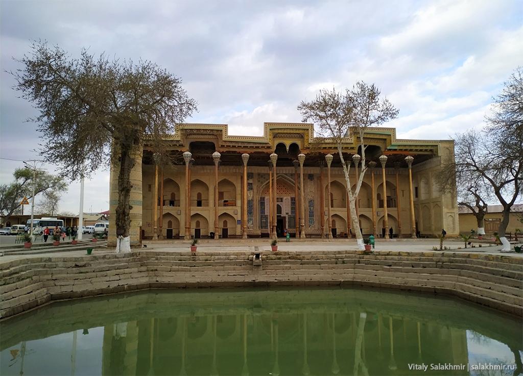 Мечеть в Бухаре, Узбекистан 2019