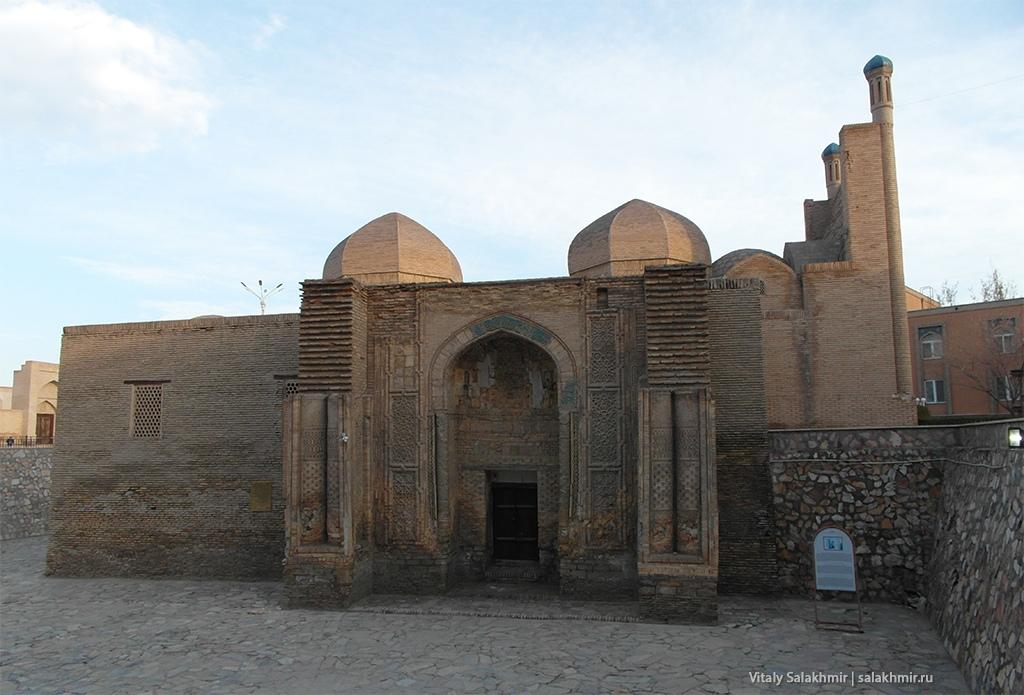 Мечеть Магоки Аттори, Бухара 2019