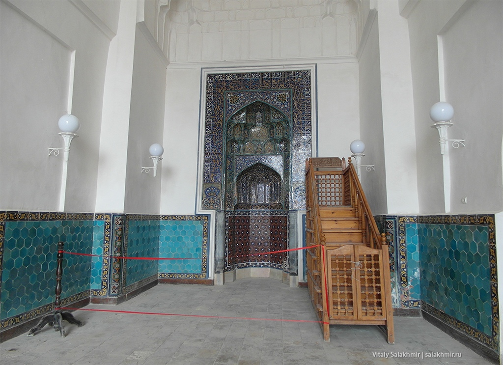 Ограждения внутри зданий, Бухара 2019