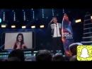Луи на сцене премии Тeen Choice Awards 2018