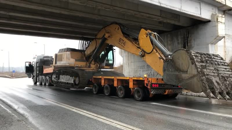 Transporting The Liebherr 974 - Fasoulas Heavy Transports