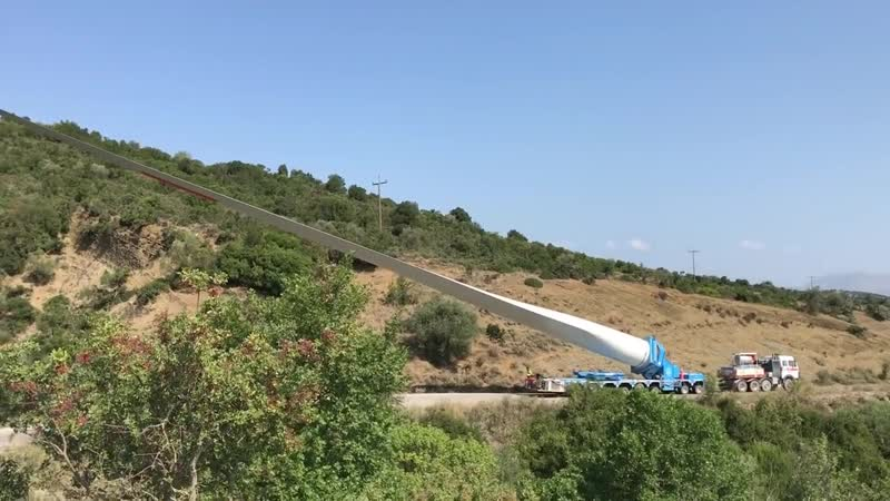 Amazing Loading And Transporting 60 M Turbine Blades With Blade Lifts - Anipsotiki SA