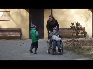 Помощь волонтеров в росписи стен детского ортопедического санатория в г.Пионерск
