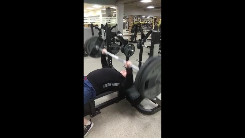 тренировка жима лежа 100 кг 3 подход )