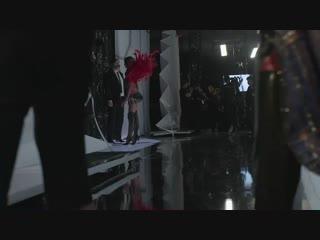 Бэкстейдж показа «Victoria's Secret Fashion Show», Нью-Йорк (8 ноября 2018)