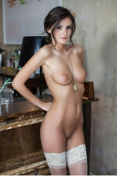 Busty shows her shows tits feature picture