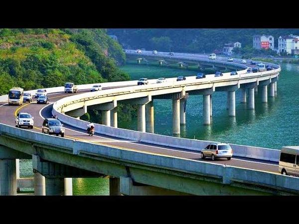 Это Китай! Мост не поперек, а вдоль реки