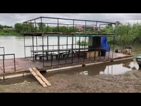 Большой плот для сплава по рекам