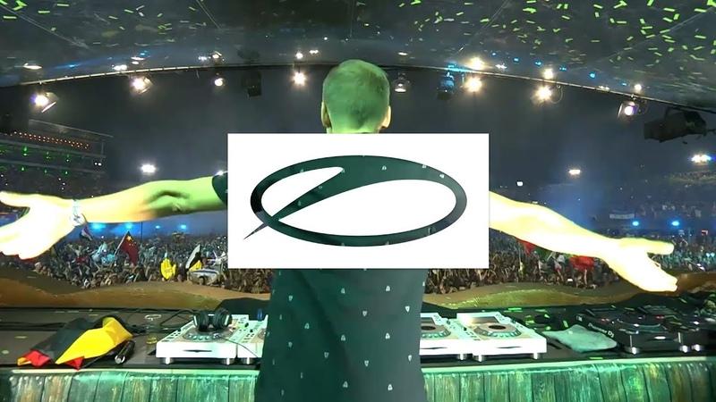 Armin van Buuren - Blah Blah Blah ( Brennan Heart Toneshifterz Remix) [Live at Tomorrowland 2018]