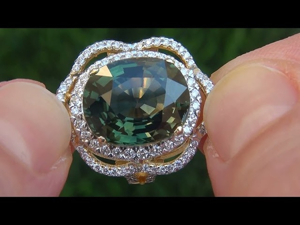 Estate VVS Natural Green Sapphire Diamond 18k Yellow Gold Cocktail Engagement Ring - A141640