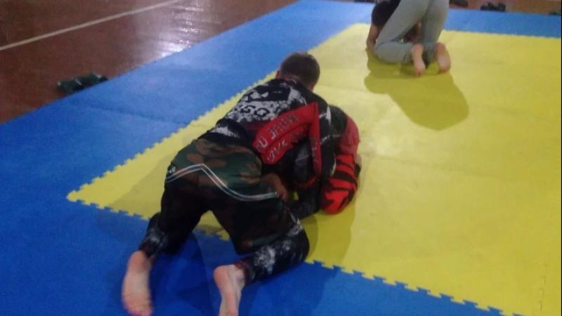 Смена позиций на черепахе Киров мма Борьба бокс спорт грэпплинг бжж
