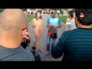 Парк Горького в Москве как развлекаются русские девушки