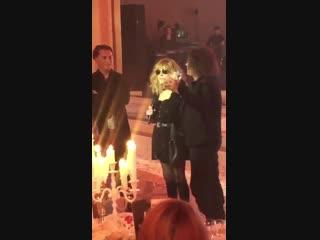 sorkinofficial:Алла Пугачева,Максим Галкин и Валерий Леонтьев на Дне Рождения Ольги Крутой.