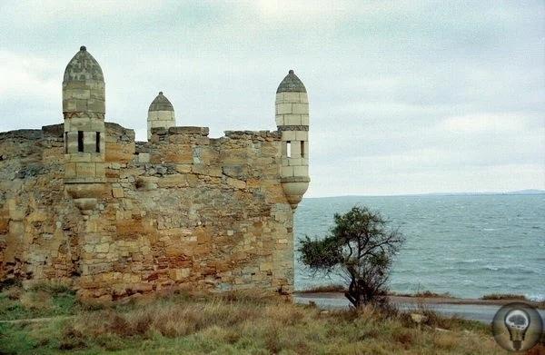 Об одной из самых загадочных гор Крыма - горе Митридат