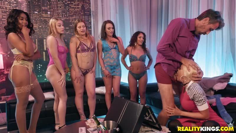 Luna Star ( Lunas Brothel) 2019, Big Tits, Squirting, Anal, Fetish, Wet, Kinky, Gaping, Gagging, Fit,