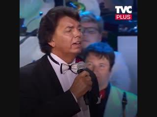 Сергей Захаров поёт арию