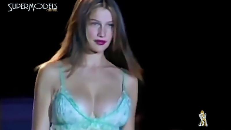 Laetitia Casta Victorias Secrets Fashion Shows 1997 2000 by SuperModels Channel