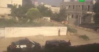 У консульства Китая в Карачи раздались выстрелы и взрыв