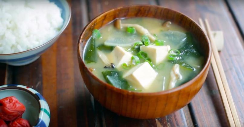 Мисо-суп с вакамэ
