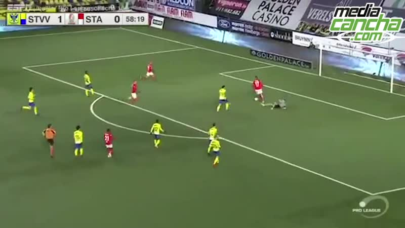 Guillermo Ochoa factor en el empate del Standard Lieja