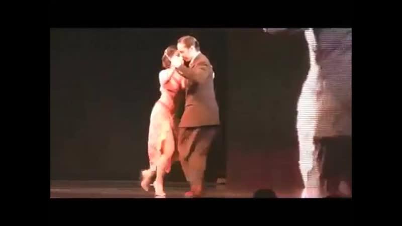 Tango - Welcome to Burlesque (Cher)