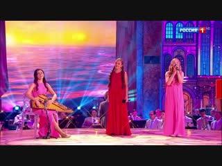 Потрясающее исполнение песни «Последняя поэма» участницами конкурса «Синяя птица»