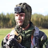 Михаил Устинов