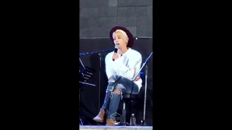 150918 Healing story by Jonghyun Guerilla concert - No more Fancam