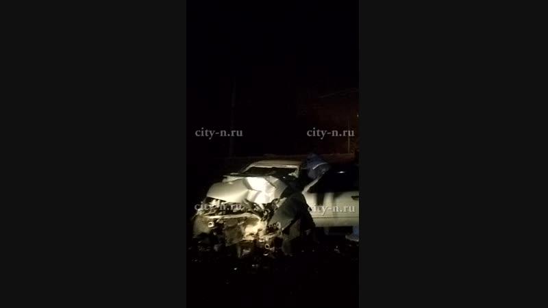 Пьяный водитель снёс столб и нарушил движение троллейбусов