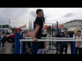 Виктор Поражинский  - отжимания на брусьях + 32 кг (34 повторения) - 1 место