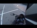 Мотоциклист всё правильно сделал. Красава.