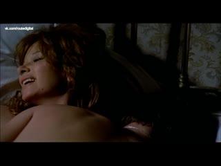 Sonia petrovna, lea massari nude - la prima notte di quiete (it-1972) watch online